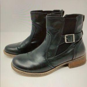BareTraps 'Tansy' Black Ankle Boot Size 8.5